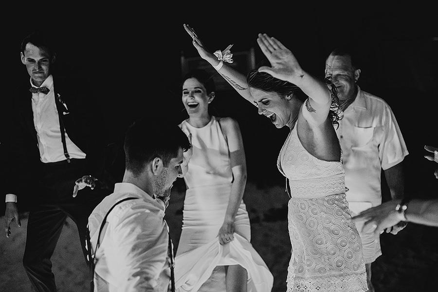 AllisonLevi-Tulum-Wedding-Photographer-496.jpg