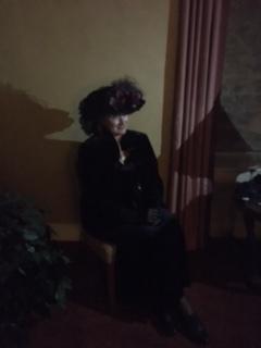 Mrs Louise Crawford Hill medium re-enactment room 904.JPG