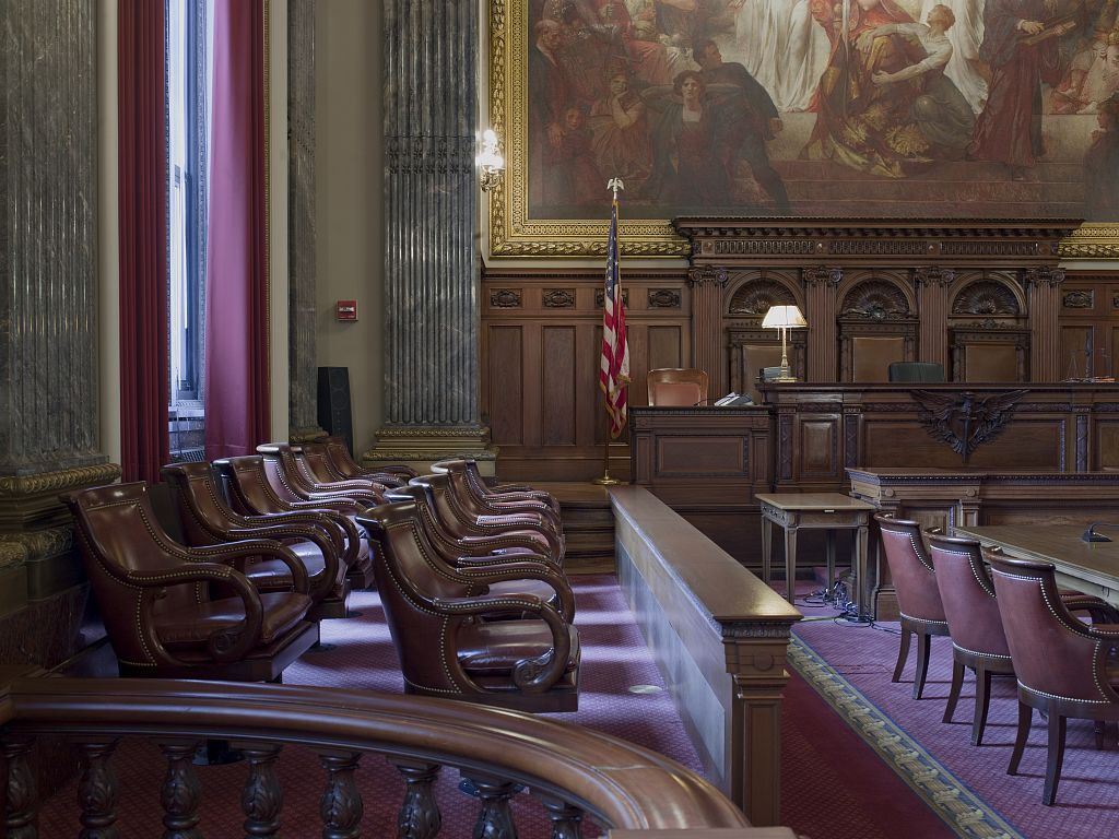 Judge's bench Jury box, Howard M. Metzenbaum U.S. Courthouse, Cleveland, Ohio by Carol Highsmith USE THIS.jpg