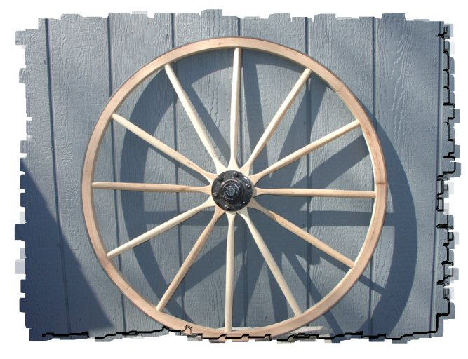 WOODEN WAGON WHEEL.jpg