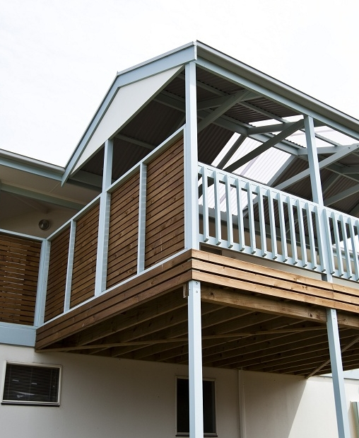 Pergola with Deck and Screens 98.jpg