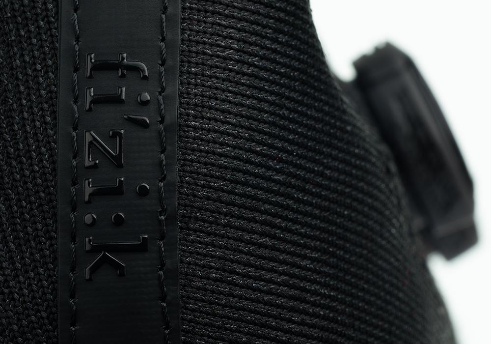 infinito-r1-knit-black-detail1.png
