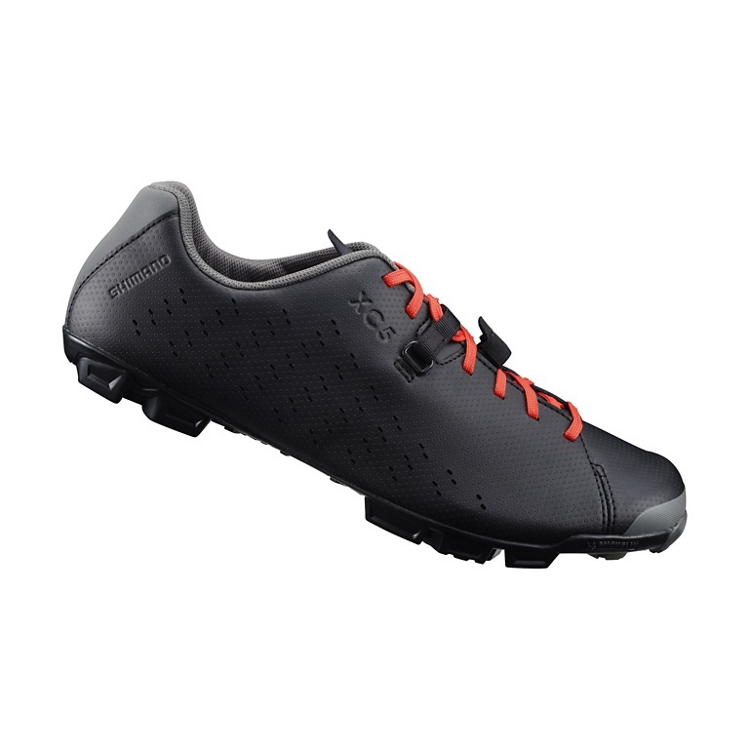 SH-XC500 - Comfortable and functional mixed terrain shoes.