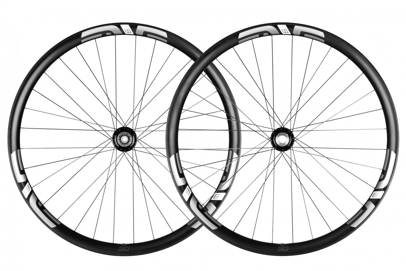 "M930 - The M930 is heir to the crown and designed to maintain ENVE's legacy as ""the carbon downhill wheel."""