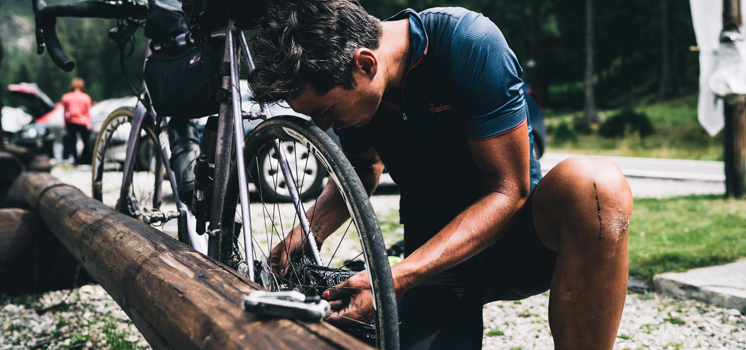 apidura-repairs-bike.jpg