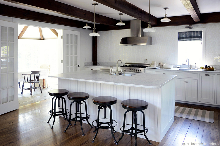 cki country estate large kitchen w stools wm.jpg