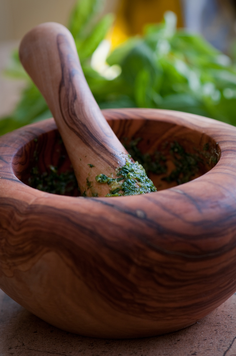 Olive wood mortar and pestle, Ligurian basil pesto