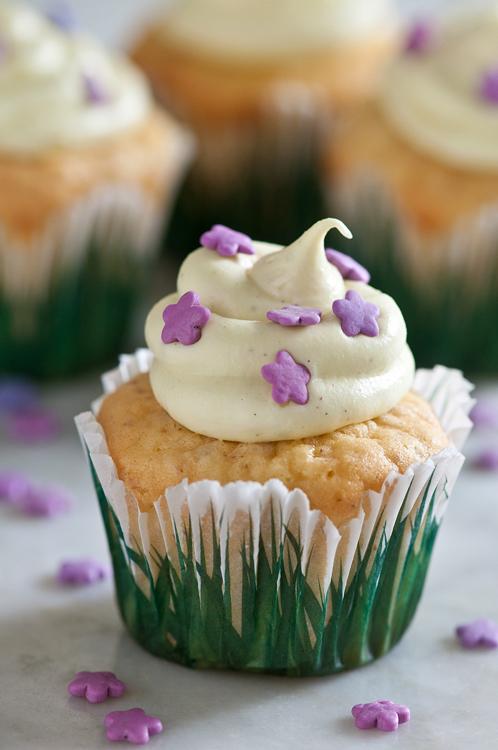 gluten free cupcakes matcha tea frosting