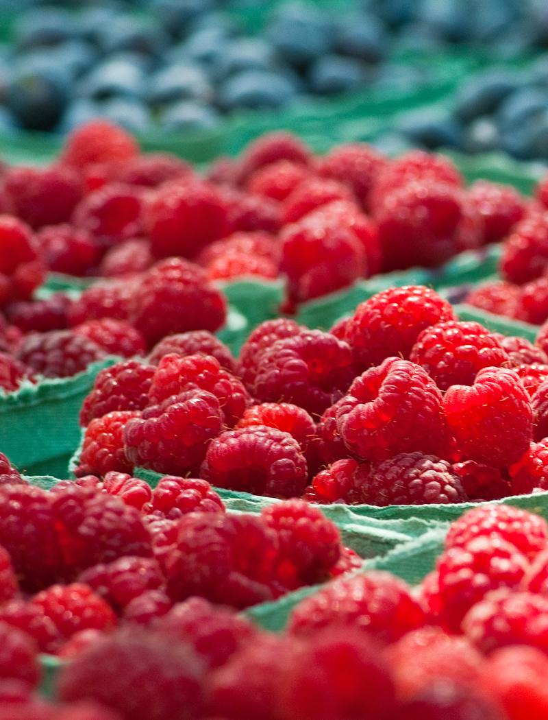 local raspberries at farmers market