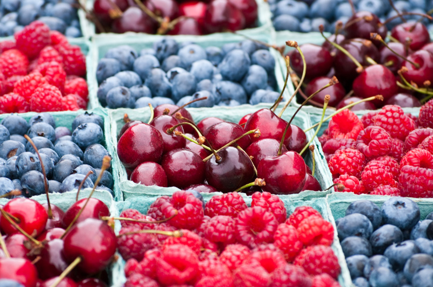 checkerboard of blueberries and raspberries