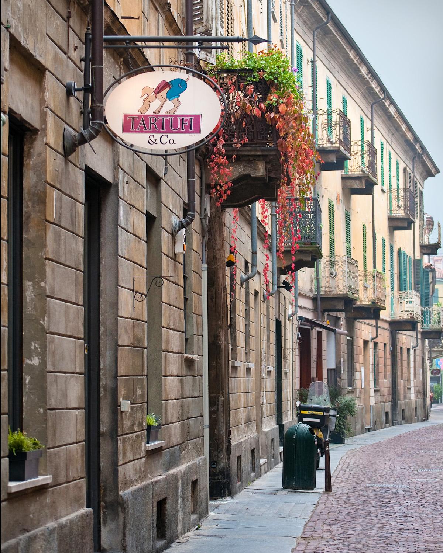 Truffle Shop in Alba