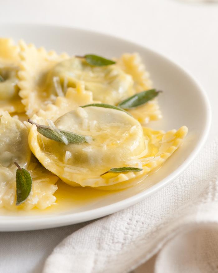 cheese spinach ravioli.jpg