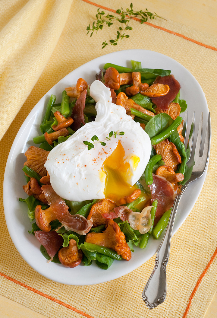 roasted chanterelles with a poached egg