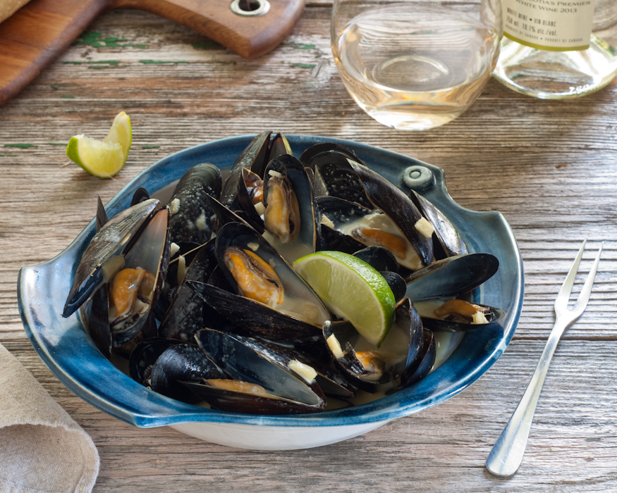 mussels in thai curry sauce