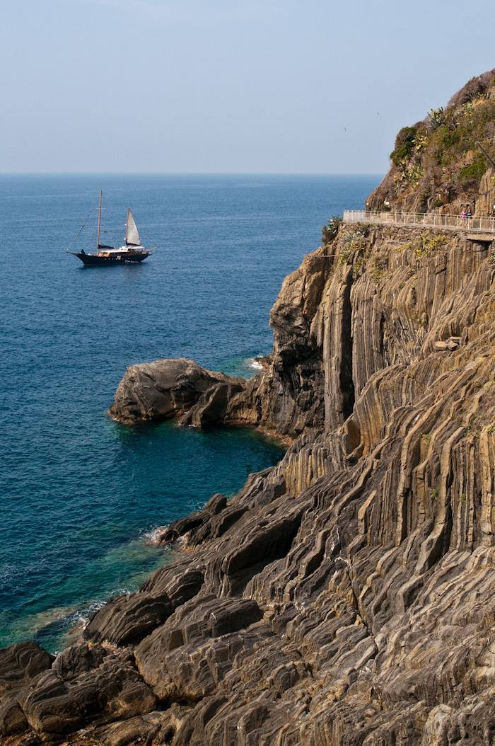 Via dell Amore, the trail between Riomaggiore and Manarola.