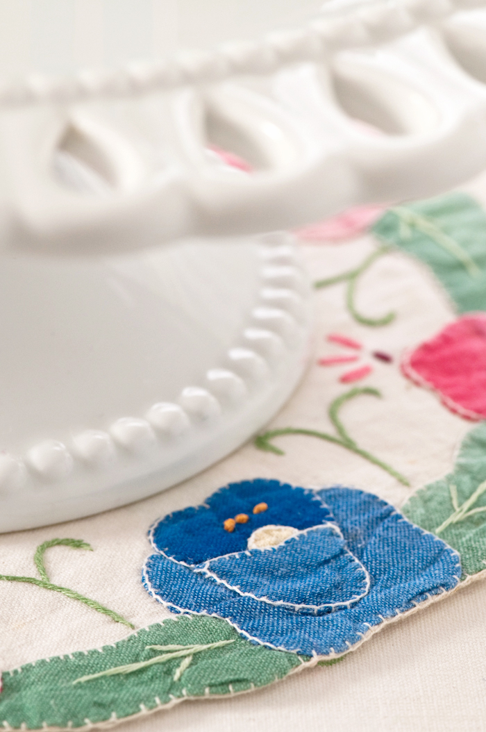 vintage doily and cake stand