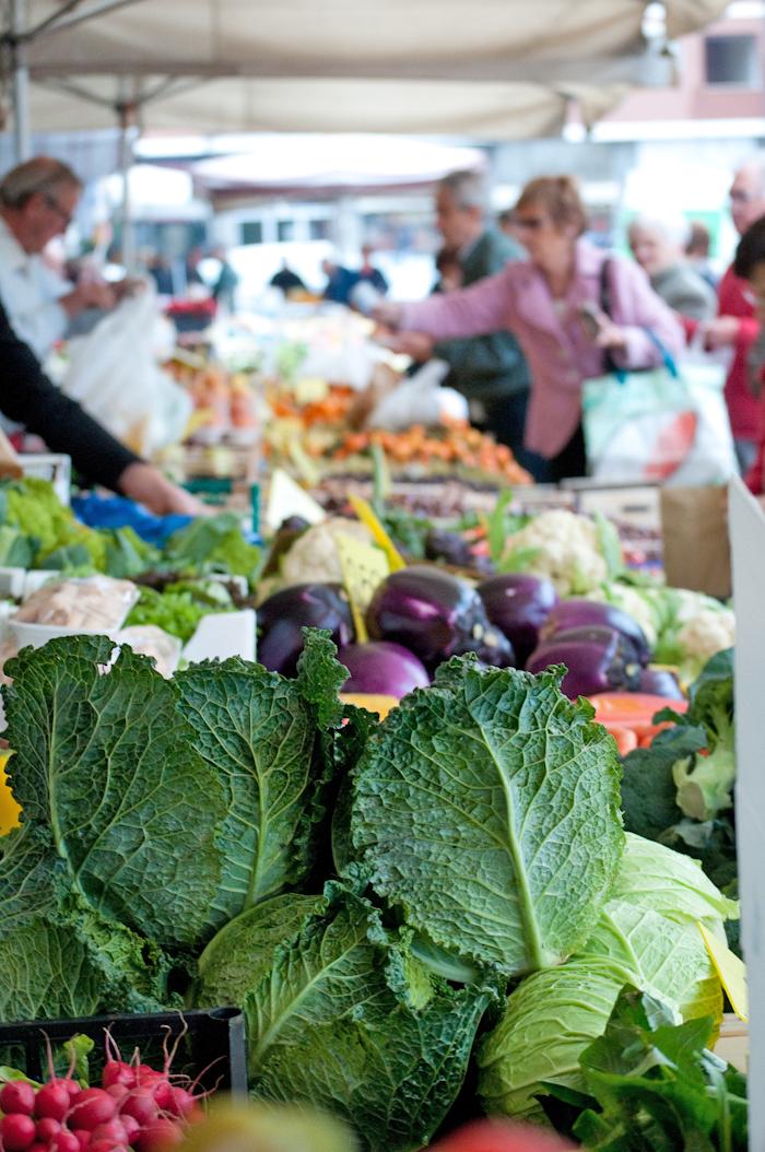 farmers market Bra Italy.jpg