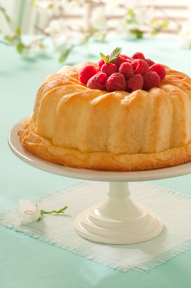 Savarin with raspberries.jpg