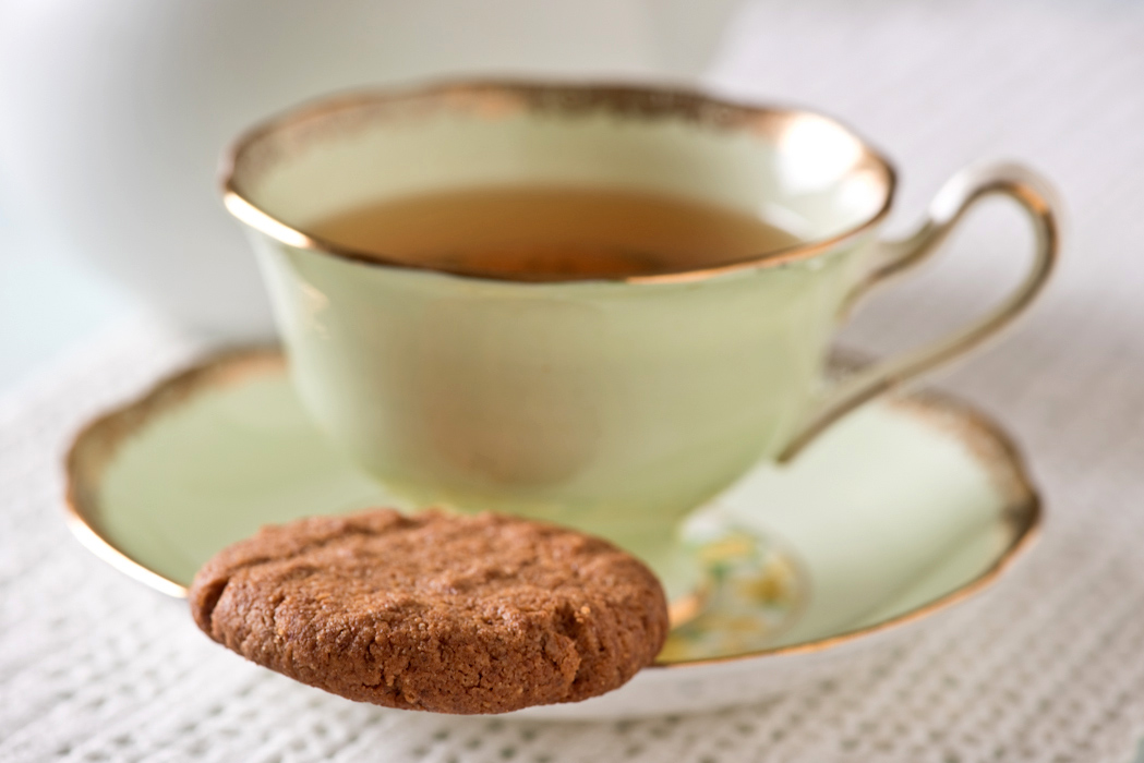 3 ingredient almond butter cookie and tea