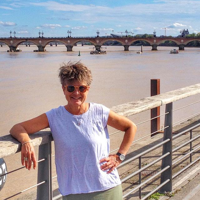 Today is my 55th trip around the ☀️ I hope to see as much of this big beautiful 🌎 as possible before I'm done. #somuchtoexplore #grateful #travelgram #wanderlust #bordeaux #neverstopexploring #garonne #foodandwine #lesquaisdebordeaux