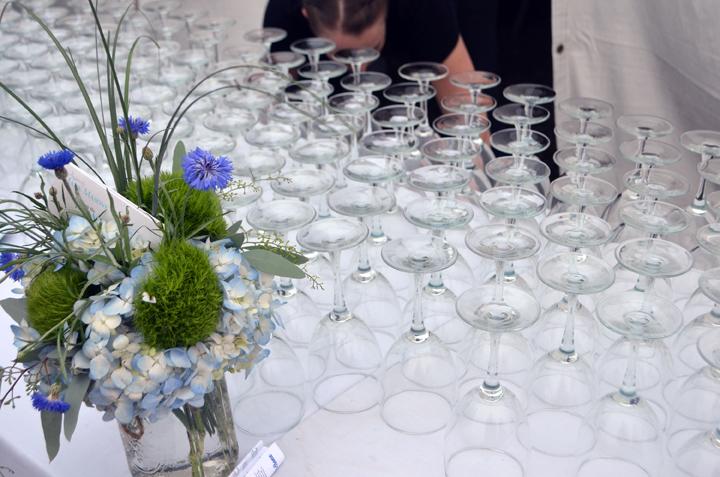 wineglasses.jpg