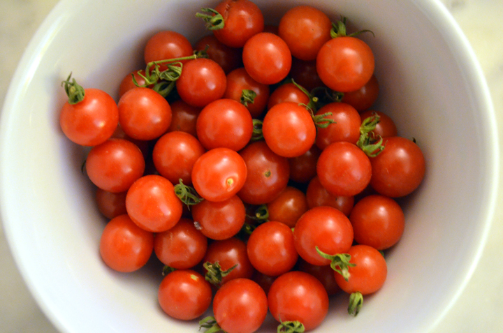 tomato cuurants.jpg