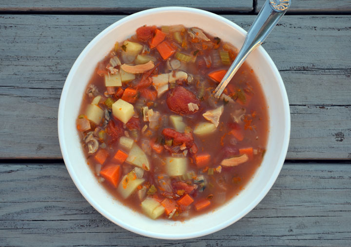 manhattanchowder_lluciano.jpg