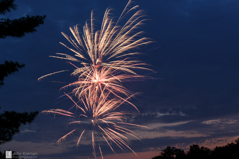 Fireworks 44:2
