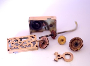 wind up steampunk jewellery
