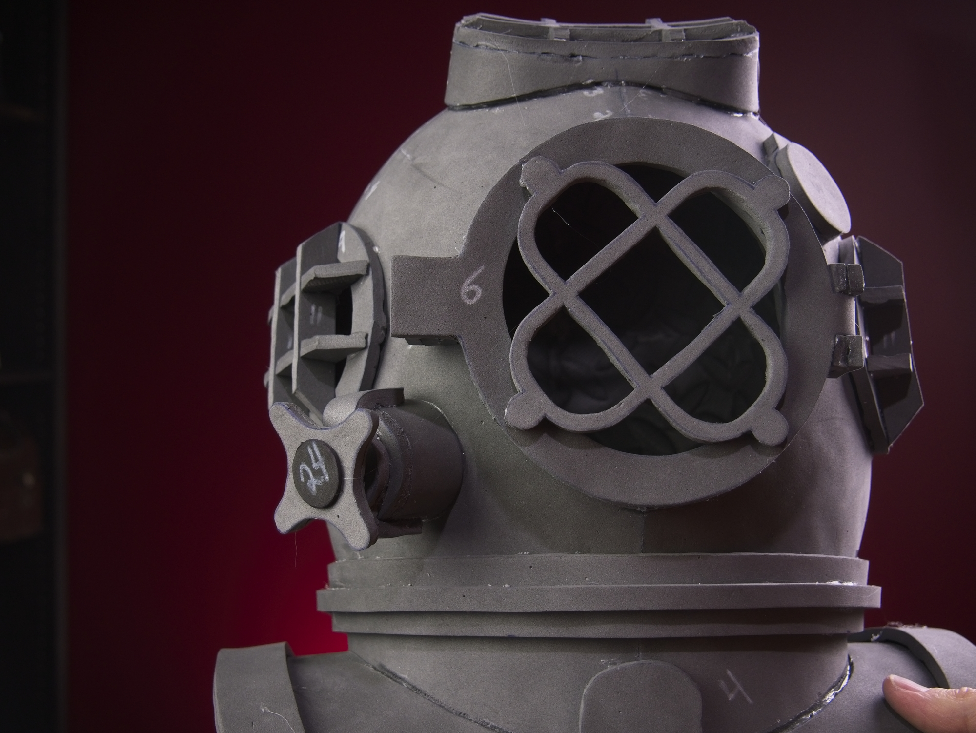 Dive helmet87.jpg