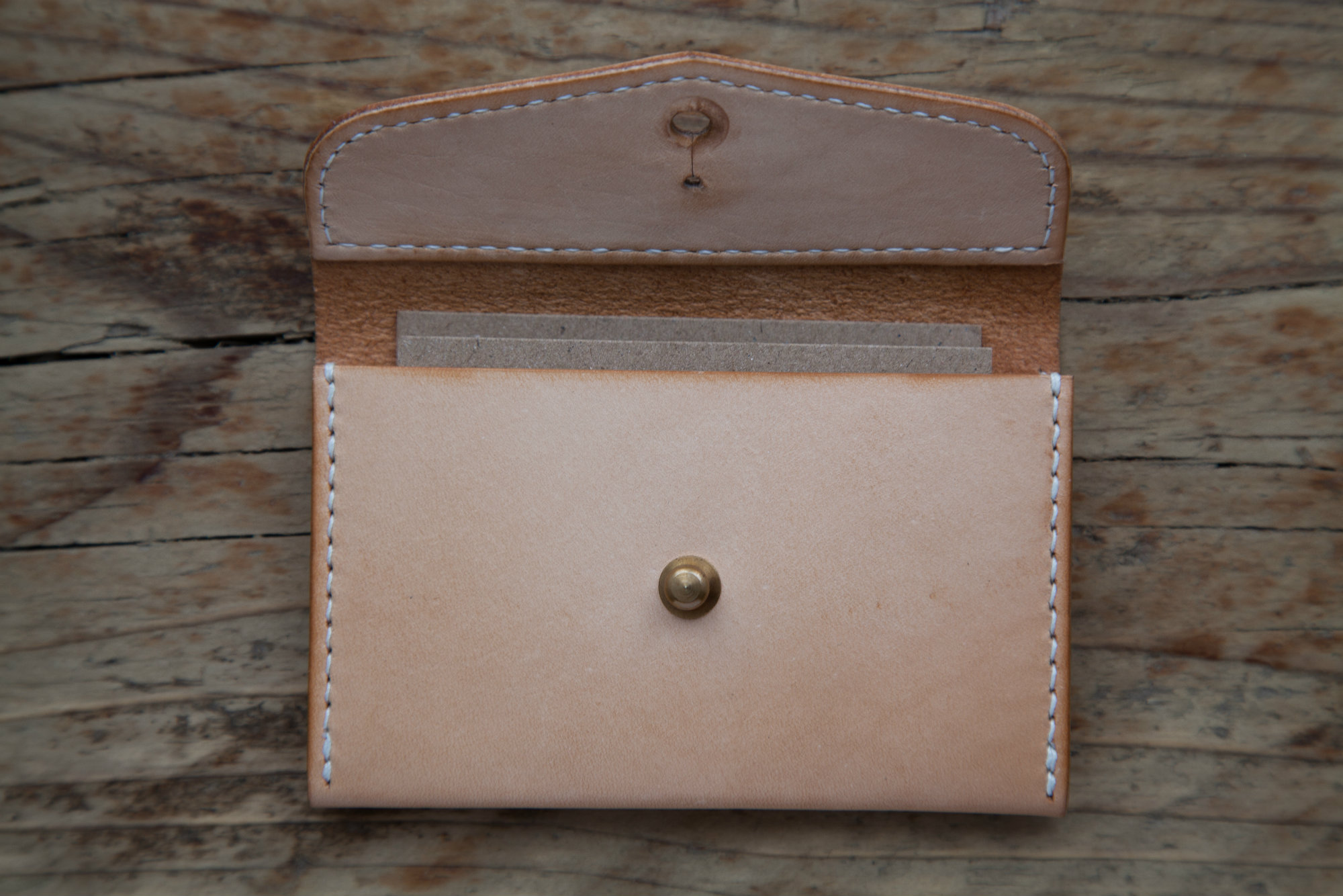 Mes_Leather_Products_084small.jpg