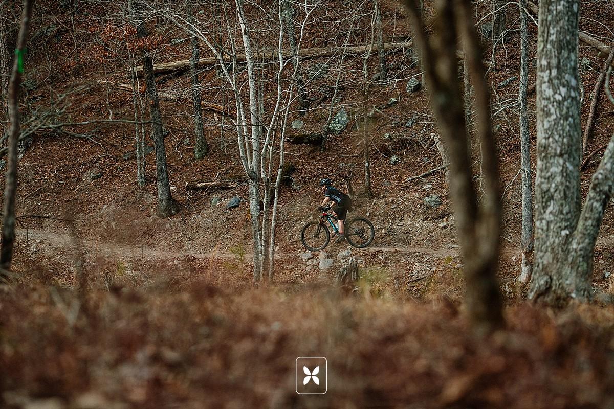 novo_studio_bikearkansasmagazine_arkansas_mountainbiking_0004.jpg