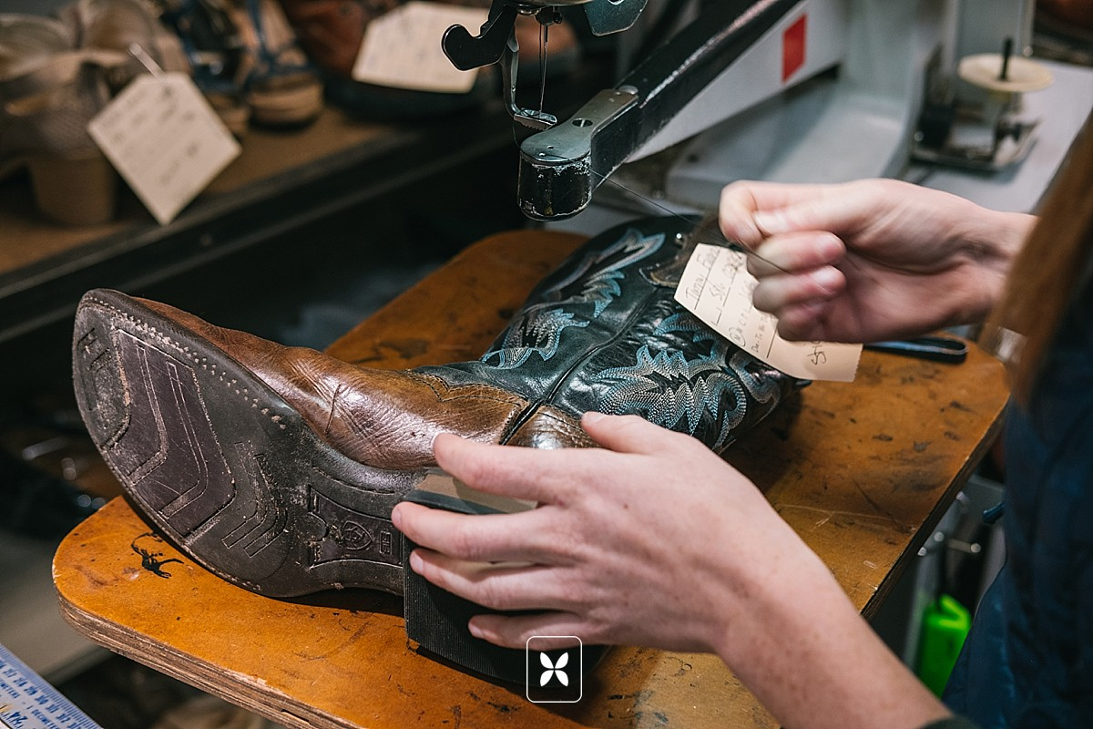 novo_studio_commercial_photography_walters_boot_repair_0035.jpg