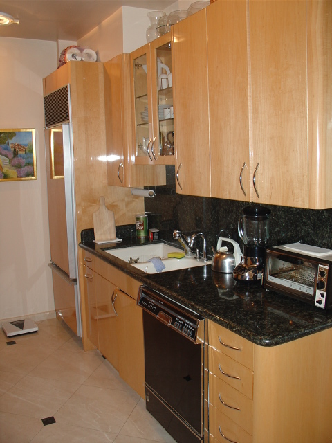 Kitchen-22.JPG