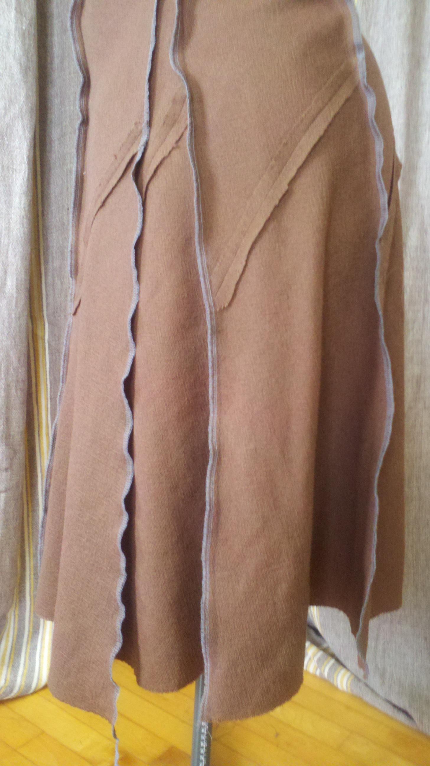 The Bias skirt