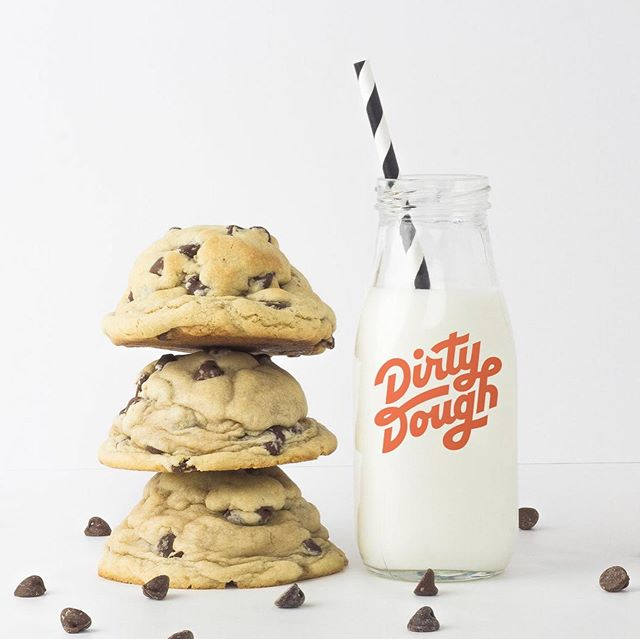 We had the chance to help Dirty Dough, a cookie company delivering enormous, hot-from-the-oven cookies, rebrand with a bold and fun new look. Lots more to come, but for now, here's a peek at the new logo, icon, colors, and patterns. You're going to be hungry after seeing their cookies—trust us! 🍪 @dirty_dough