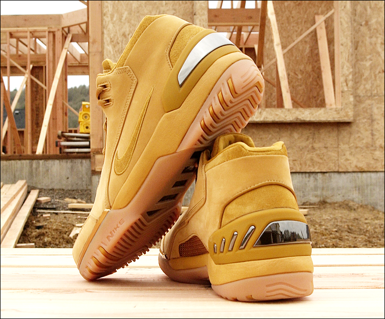 figure 9.  Here's a last look at the Nike Air Zoom Generation in its wheat/wheat–gold colorway. Note the subtle contrast between the rough leather accents at the heel and topmost tip of the tongue, and the buttery smooth main body of the upper. The net result is an interesting mix of rough-and-ready construction boot and luxe high-fashion. It's not for everyone, but I'm a big fan and, of all the colorways of the Air Zoom Generation, I think it best represents LeBron James' diamond-in-the-rough persona.
