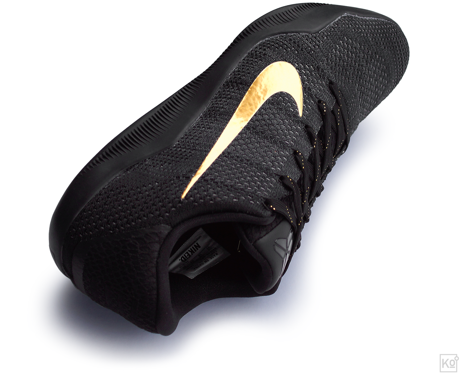 figure 1.  Really, what is there to say—the Nike Kobe XI Elite is a stunner. As you can see on the tag affixed to the collar lining in the shot above, this is a colorway I created via NIKEiD. You'll pay beaucoup bucks for the privilege, but the results can be pretty damn compelling.