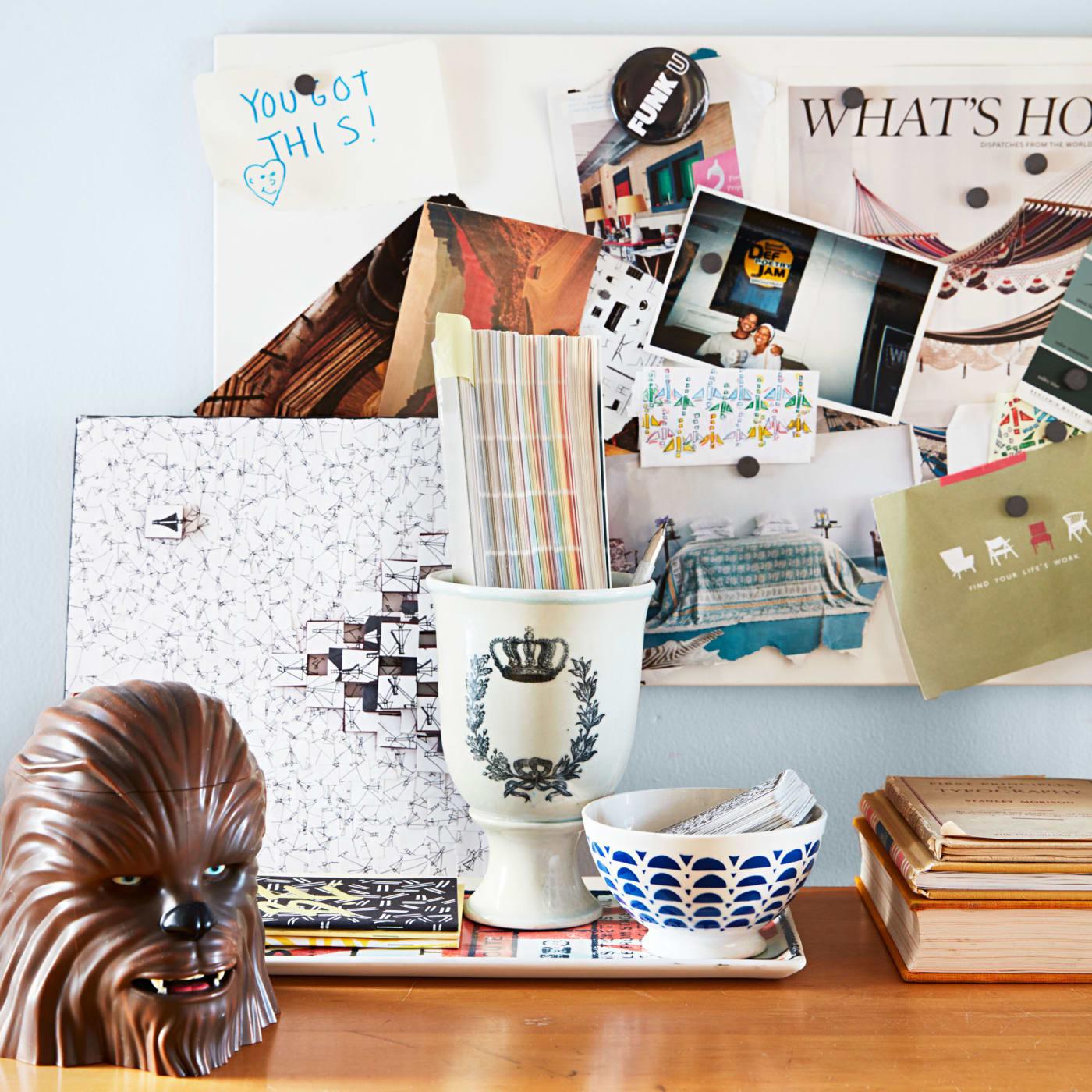 office-desk-with-photos-and-decor.jpg