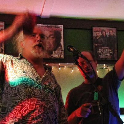 Lee and Dave TOAST at Tayton O'Brians July 2012.jpg
