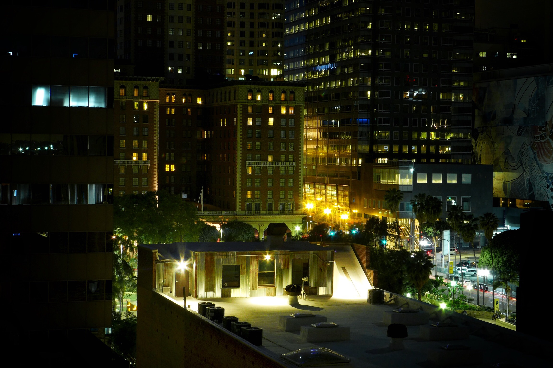 Shot without a tripod from the fire escape, using an old Leica D-Lux 6