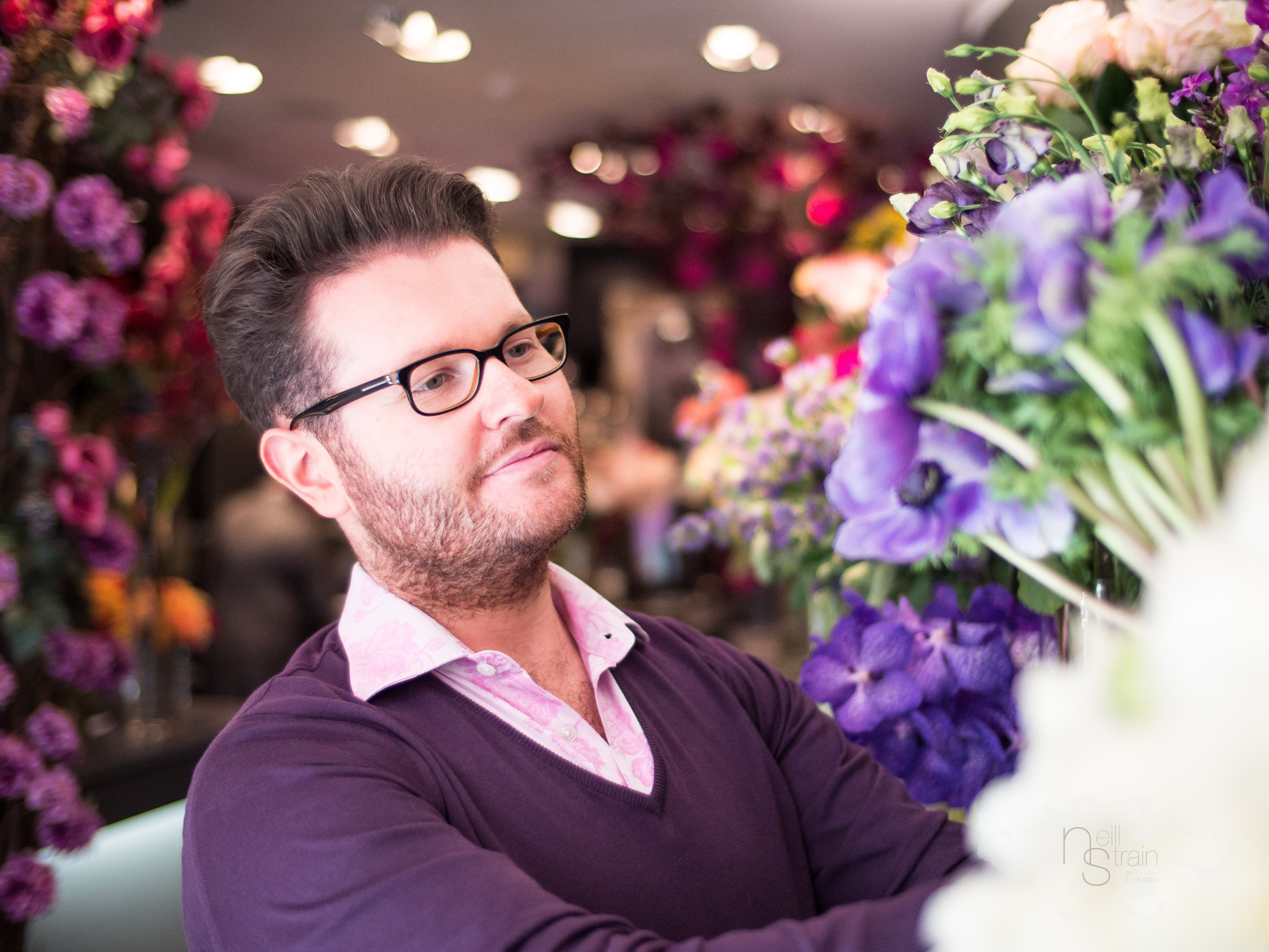 The extravagant range of brightly coloured, lush textured blooms in springtime is almost overwhelming.  Neill tells us about some of his favourite seasonal flowers.