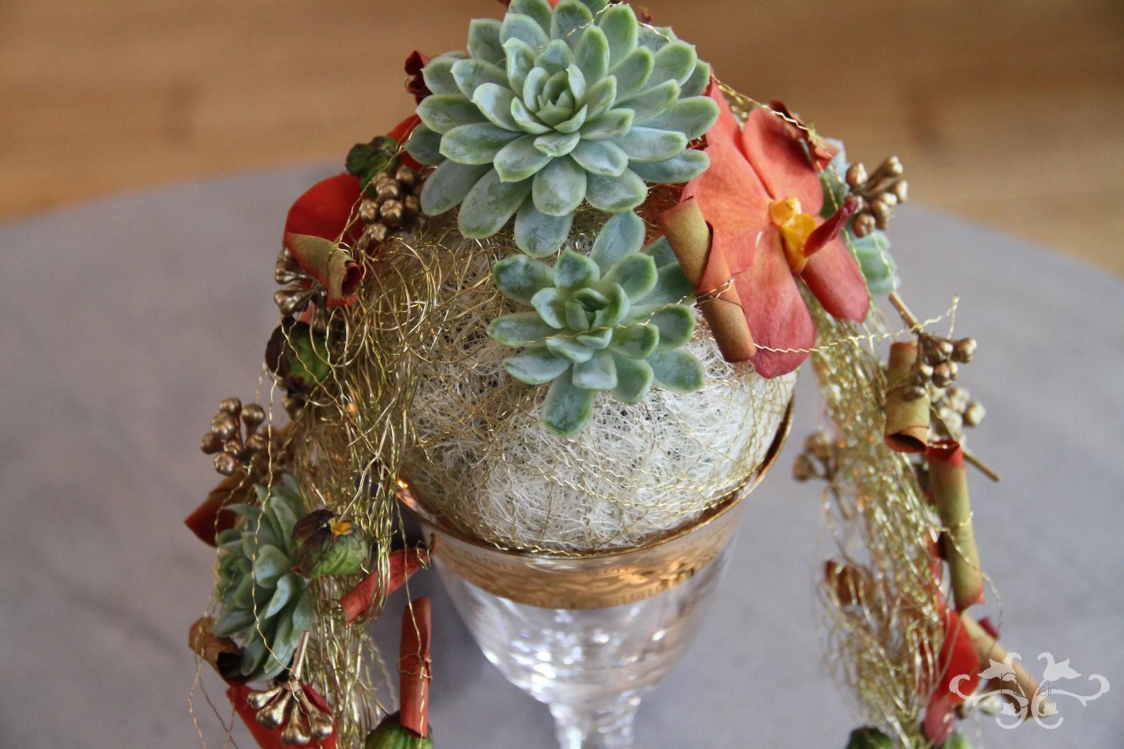 exotic bridal bouquet.JPG