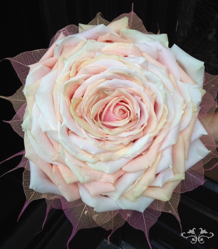 rose glamelia bouquet (1).jpg