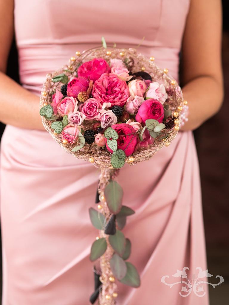 pink bridal bouquets.jpg