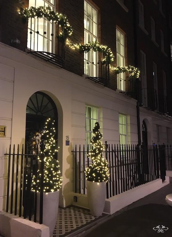 Neill Strain styling exteriors for Christmas.jpg