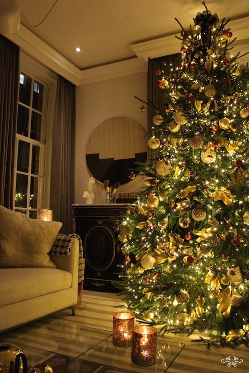 Neill Strain home styling Christmas trees.jpg