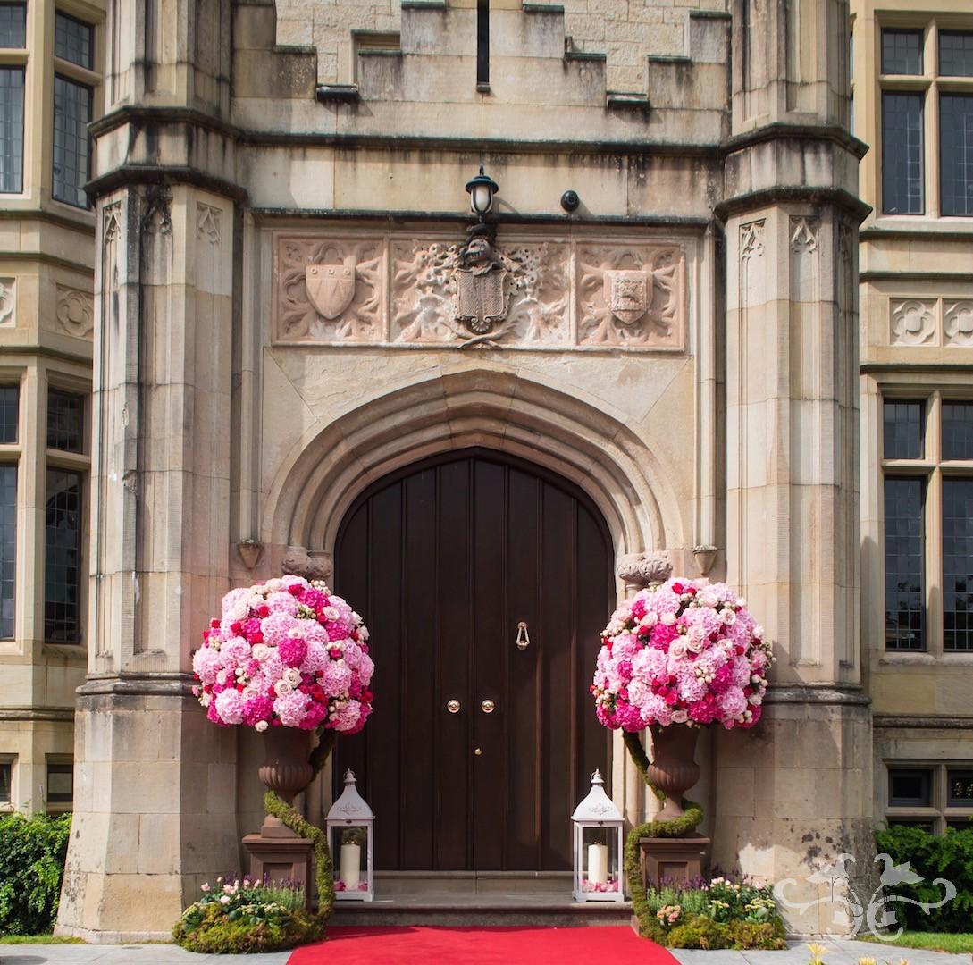 Irish wedding in perfect pink