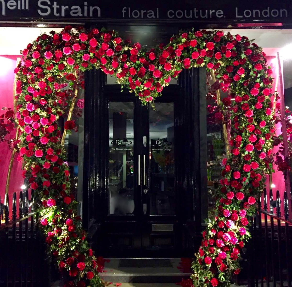 Neill Strain Floral Couture boutique in Belgravia is decked with a giant floral heart of fresh flowers for Valentine's Day