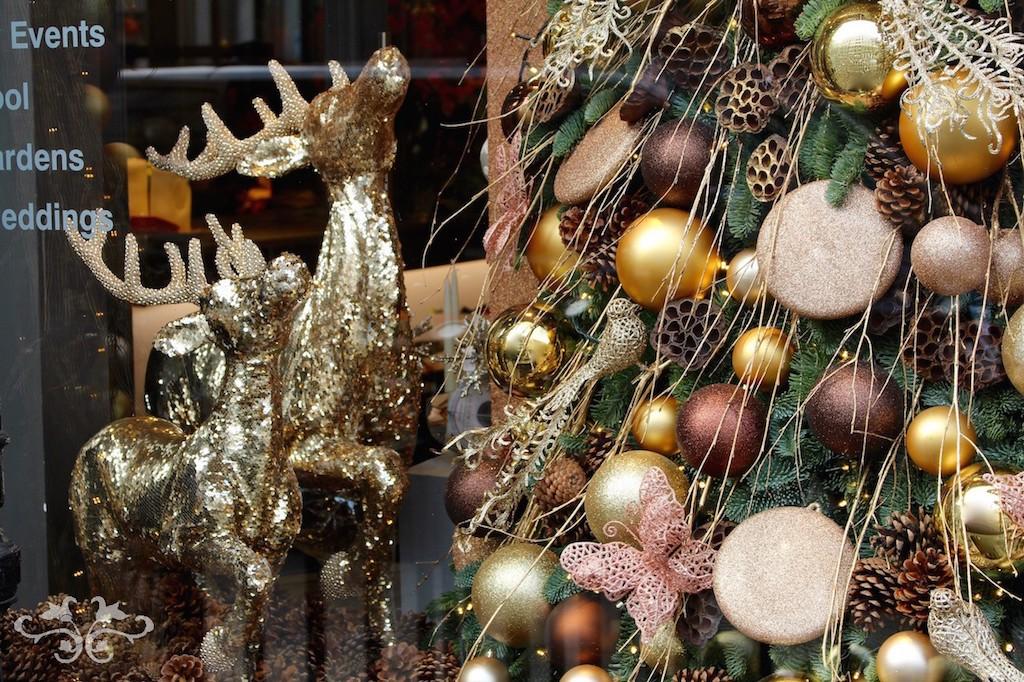 Luxury Christmas decorations at Neill Strain Belgravia